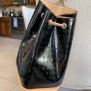 Arcadia genuine patent leather handbag